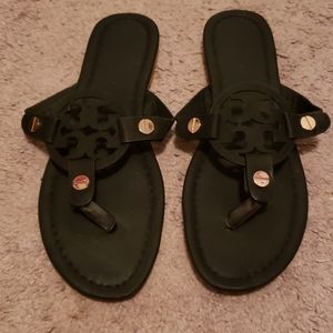 Shoes - Black sandals with gold hardware size 9